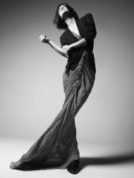 9223fbeb8db1c7d20ae06d0a350503ff--high-fashion-poses-fashion-model-poses